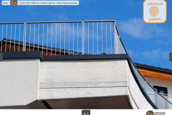 brenter-balkone-stahl-edelstahl-55A591B77-5C39-420B-070A-0AD9118F44DD.jpg